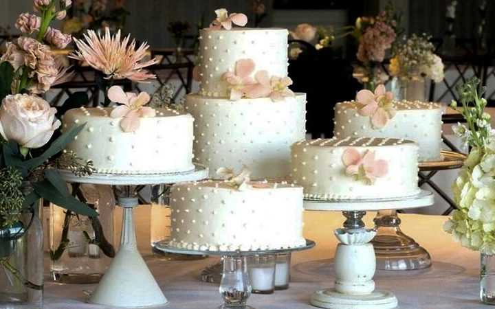 Myths About Wedding Cakes